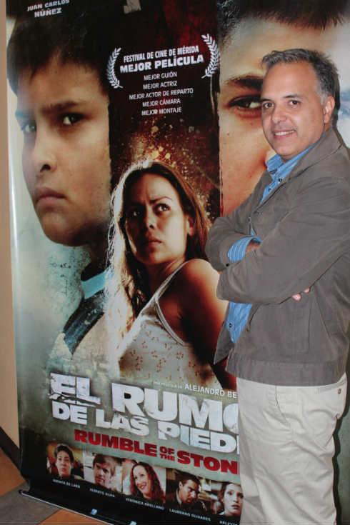 El Director Alejando Bellame