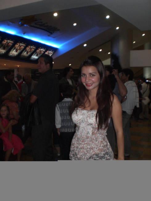 Erika Santiago posa para XY&Z Cine