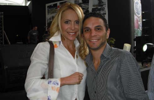 Frank Garcia locutor de Radio el Hatillo junto a Shia Bertoni