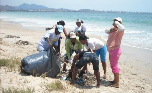 basura en la isla
