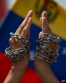 Human Rights Watch afirma que ha habido diez casos de tortura.