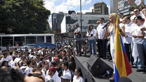 150218223912_venezuela_lopez_624x351_afp