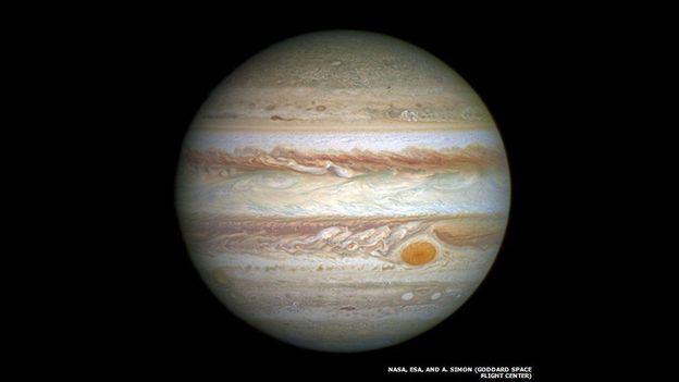 Júpiter, el más grande de los planetas, fotografiado por el telescopio espacial Hubble.
