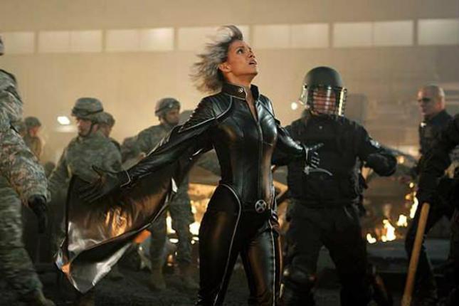 7-actrices-convertidas-en-superheroinas-2