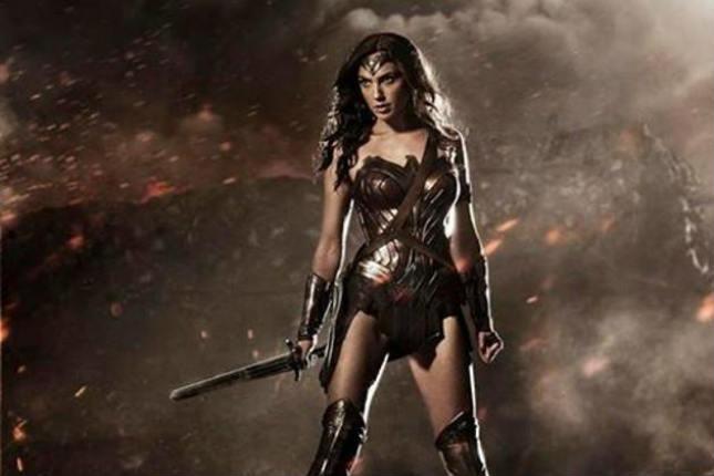 7-actrices-convertidas-en-superheroinas-5