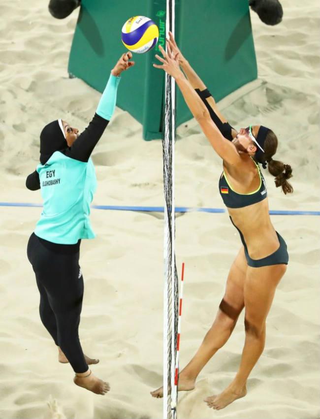 La imagen de la egipcia Doaa Elghobashy y la alemana Kira Walkenhorst. Imagen: Reuters