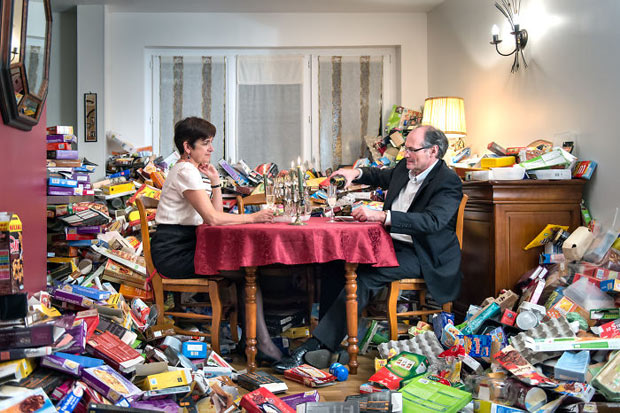 4-years-trash-365-unpacked-photographer-antoine-repesse-6-594910db531d7__700