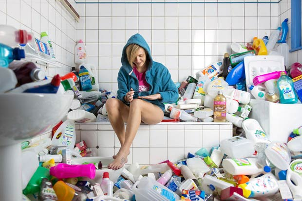 4-years-trash-365-unpacked-photographer-antoine-repesse-7-594910df56529__700