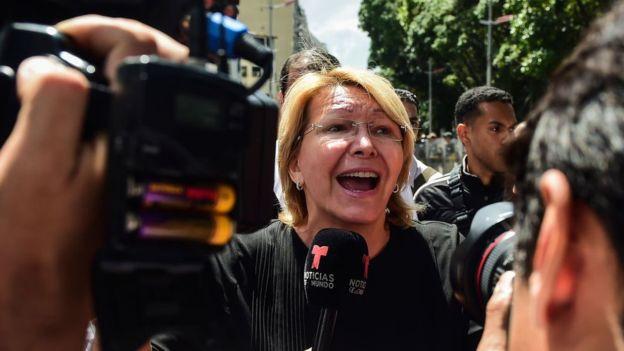 La Declaración de Lima incluye una manifestación de apoyo a la fiscal general Luisa Ortega Díaz, destituida por la Constituyente. Imagen: GETTY IMAGES